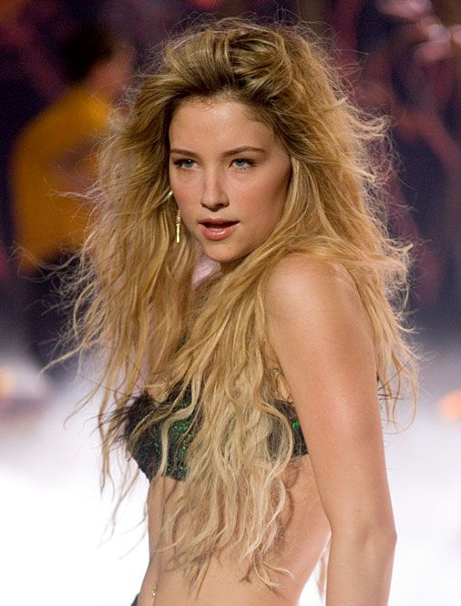 Haley Bennett - Wikipedia