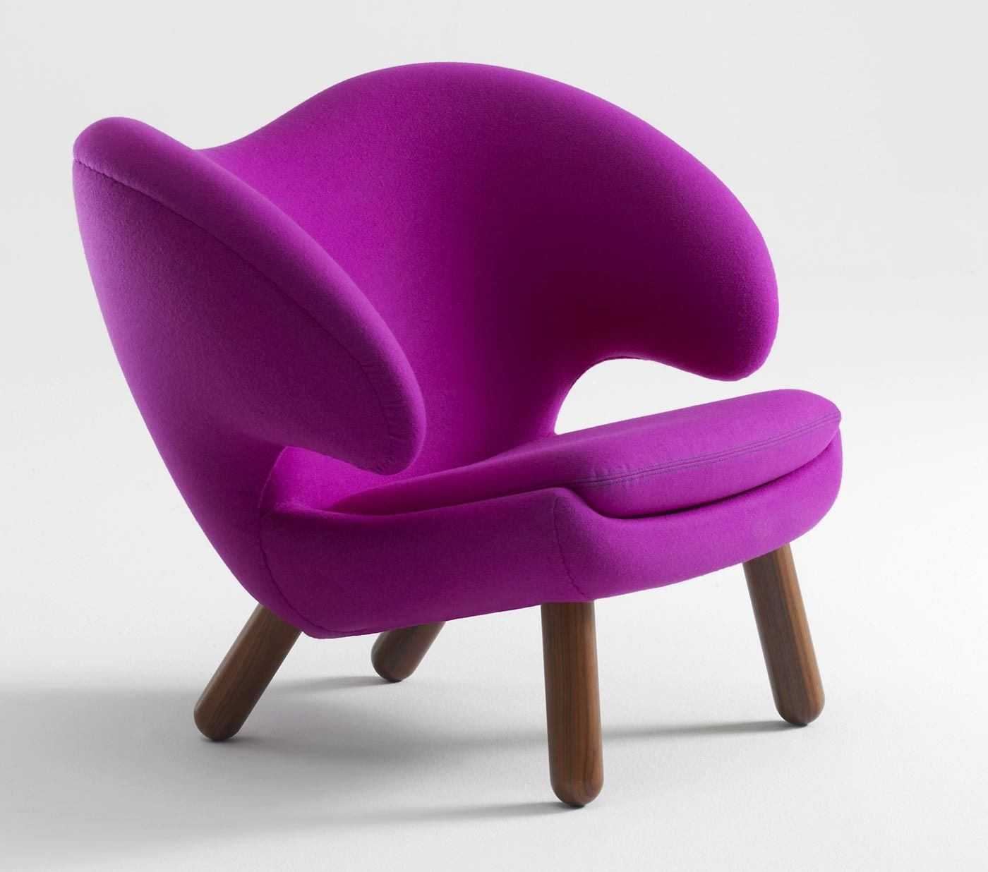 Finn Juhl Pelican chair - insanely lovely in too many colors...