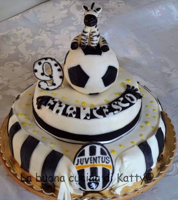 La buona cucina di katty torta juventus per francesco for Decorazioni juventus per torte