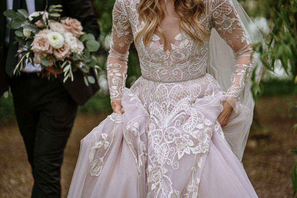Love Across The Water Alexa Aaron S Castle Leslie Wedding One Fab Day Onefabday Com Ireland In 2020 Wedding Lakeside Wedding Wedding Dresses Lace