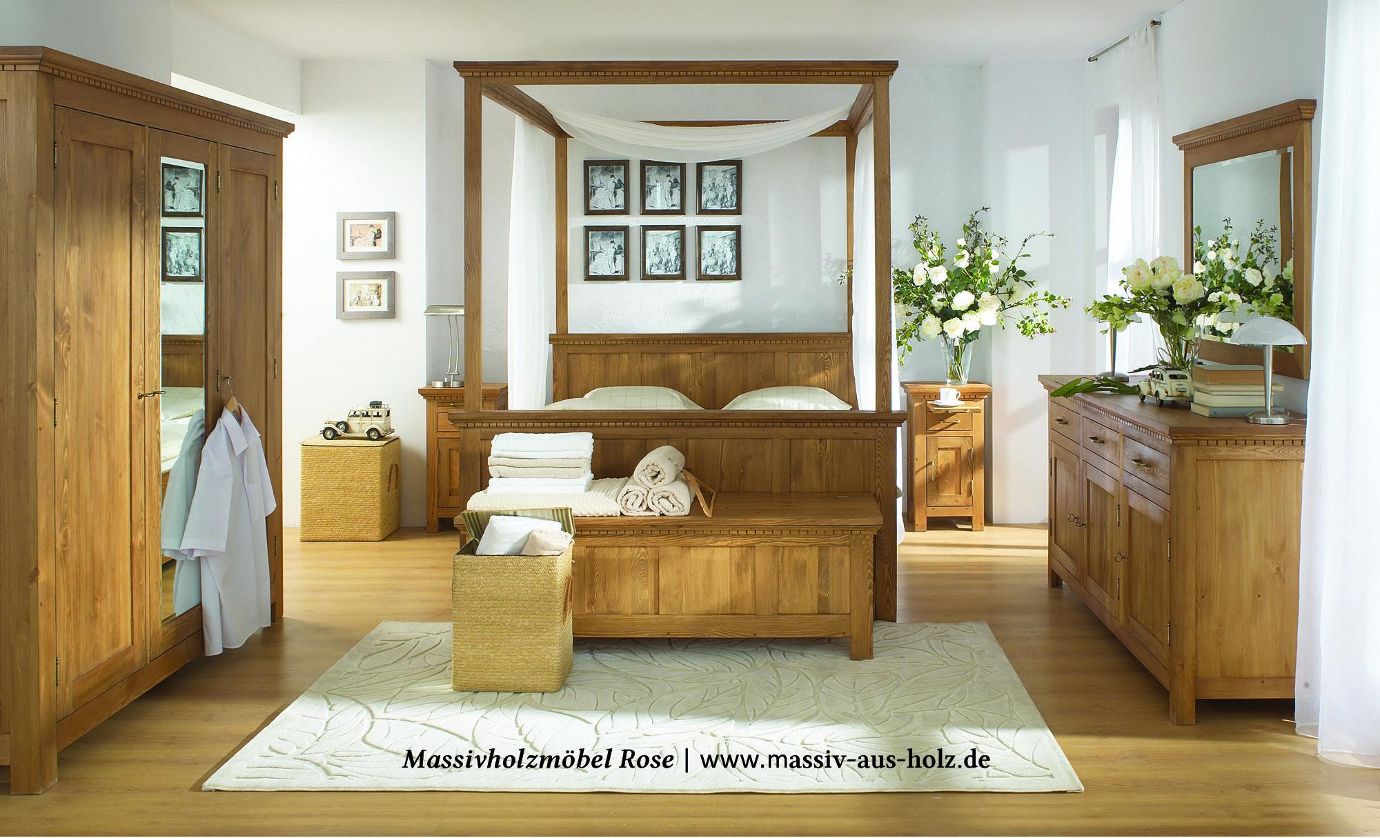 traumhaftes himmelbett bei wohnen schlafen massivholz. Black Bedroom Furniture Sets. Home Design Ideas