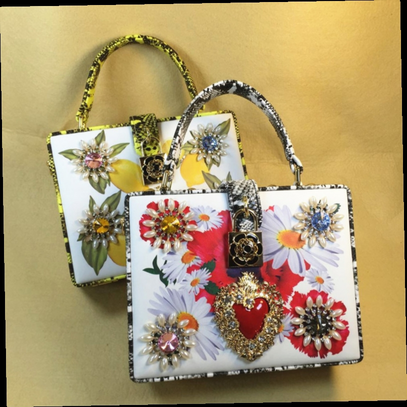 46.00$  Watch now - http://aligrh.worldwells.pw/go.php?t=32749164839 - 2016 Direct Selling Retro Snake Box Of A Small Package Flower Printed Inclined Portable Laptop Bags Messenger Bag For Dinner