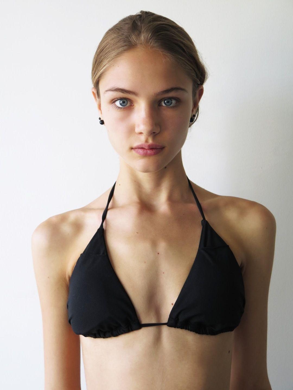 Roxanne (model)