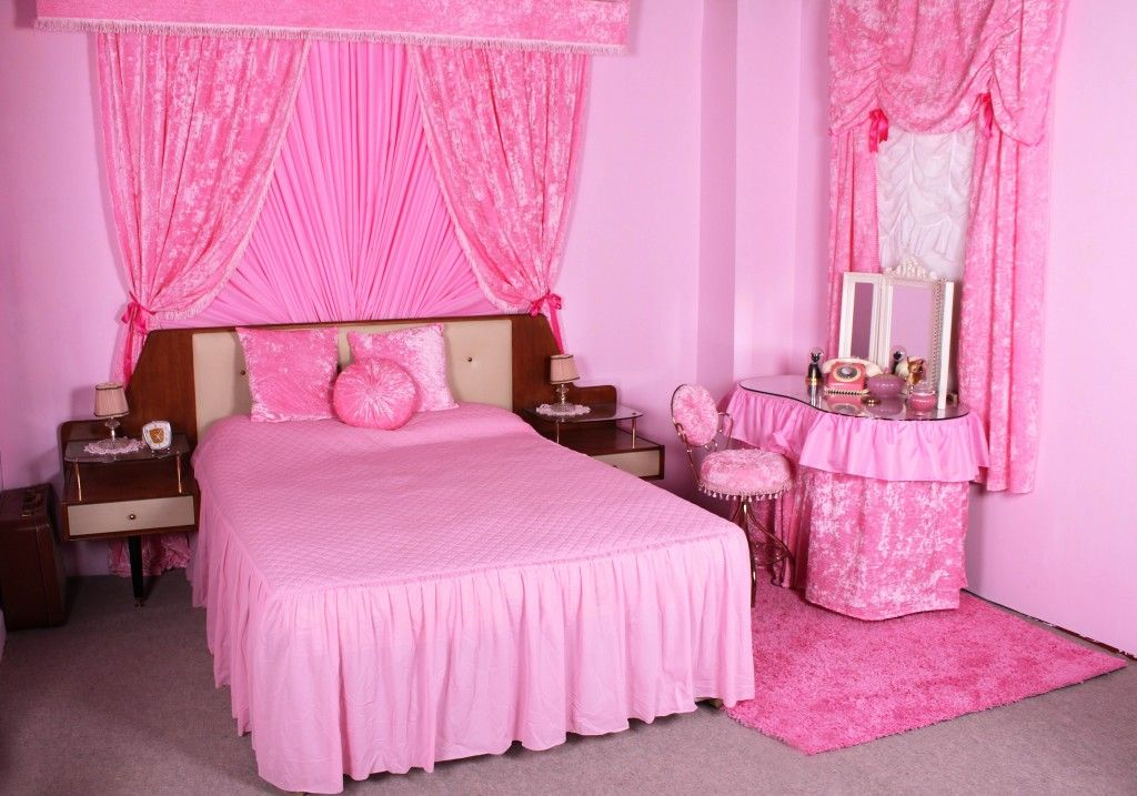 Pink Boudoir Jayne Mansfeild 1950s 1960s Pin Up Bedroom At Frankii Gerrys