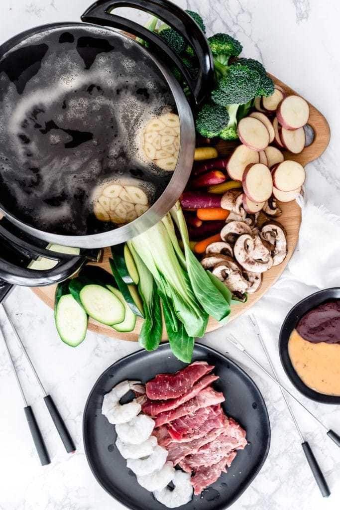 Broth Fondue #meatfonduerecipes
