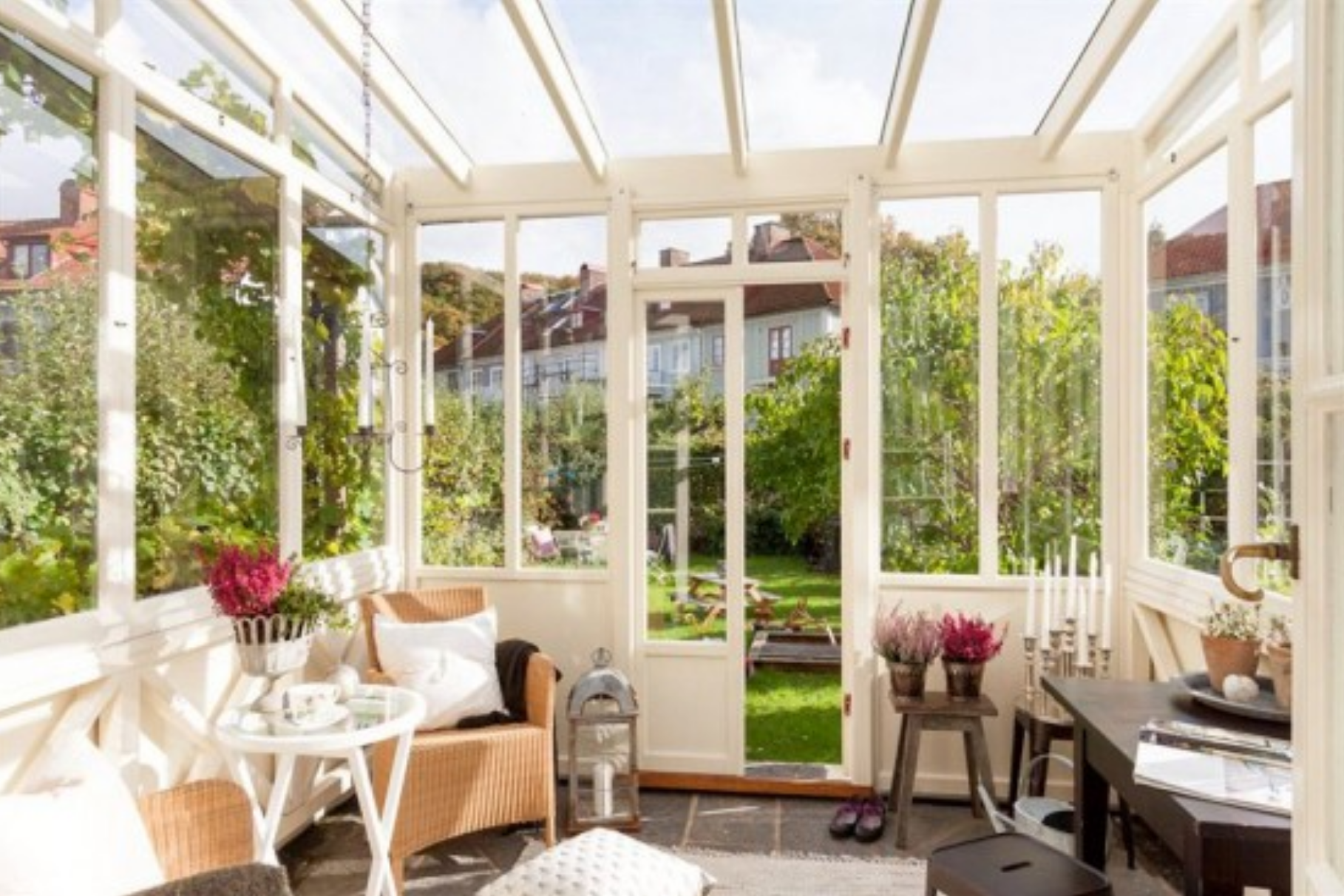 Outdoor Green Space Wicker Outdoor Rooms Sunroom Decorating Sunroom