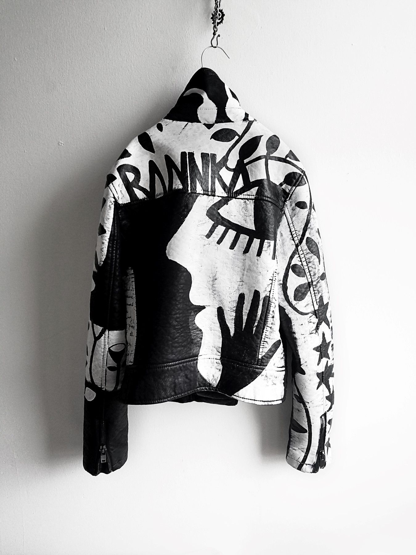 Rannka Hand Painted Jacket Painted Jacket Painted Leather Jacket Fashion [ 1800 x 1350 Pixel ]