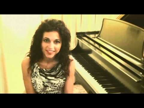 Online Piano Lessons Learn via Skype Webcam How to play Piano Keyboard Live !