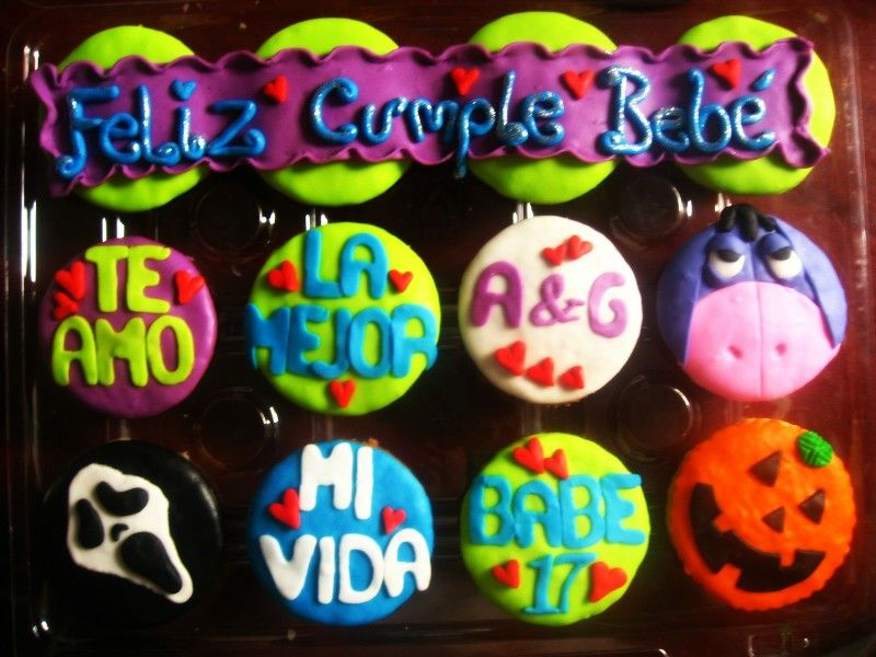 Higor  and hallowen  cupcakes