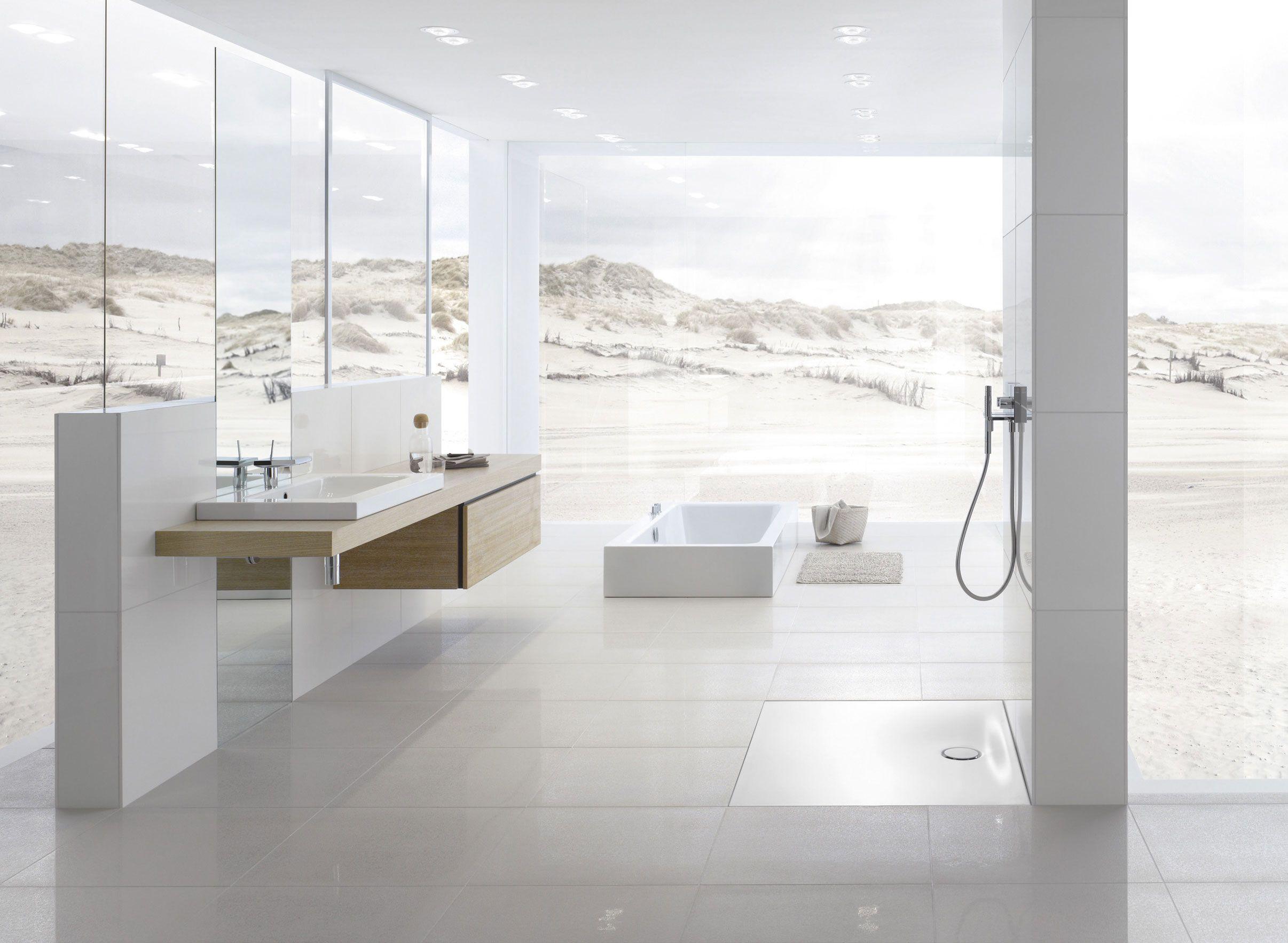Lovely White Shower Space For Modern Bathroom Ideas Modern Bathrooms
