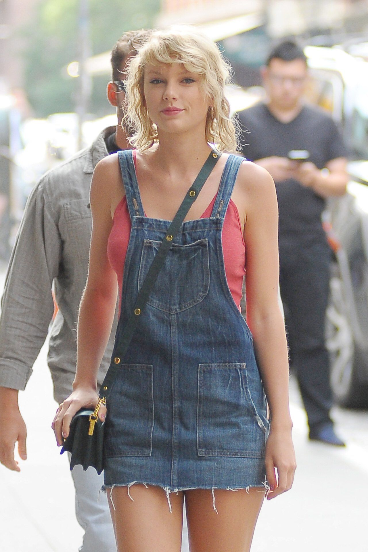 Pin by pudica on Taylor Swift | Taylor swift street style ...