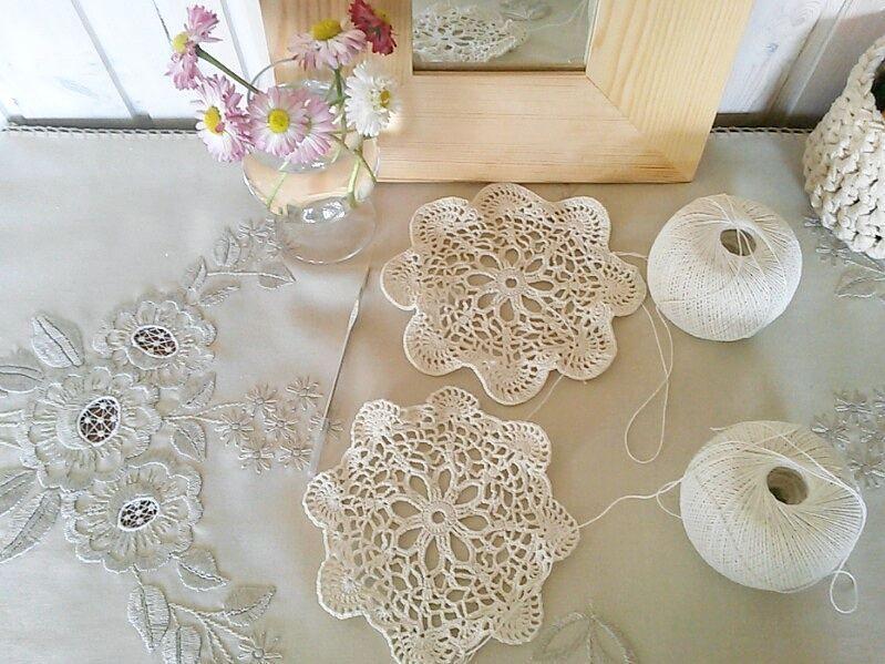 fierce_universe:- Любимое занятие вяжу маме в подарок салфеточки Doilies for my mom in progress #crochet #crochetinspiration  #crochetaddict #crochetdoily #crochetdoilies #crochetlace #crochetprogress #doiliesinprogress #вязание #вязаниекрючком #салфетки #салфеткикрючком #ажурныесалфетки