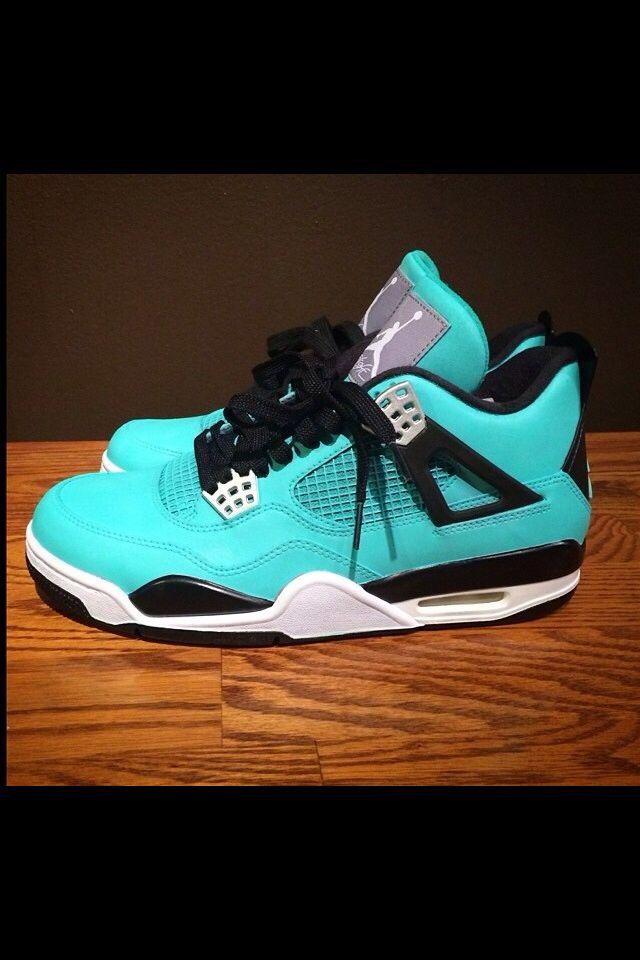 Tiffany blue fours.  1ad144df0