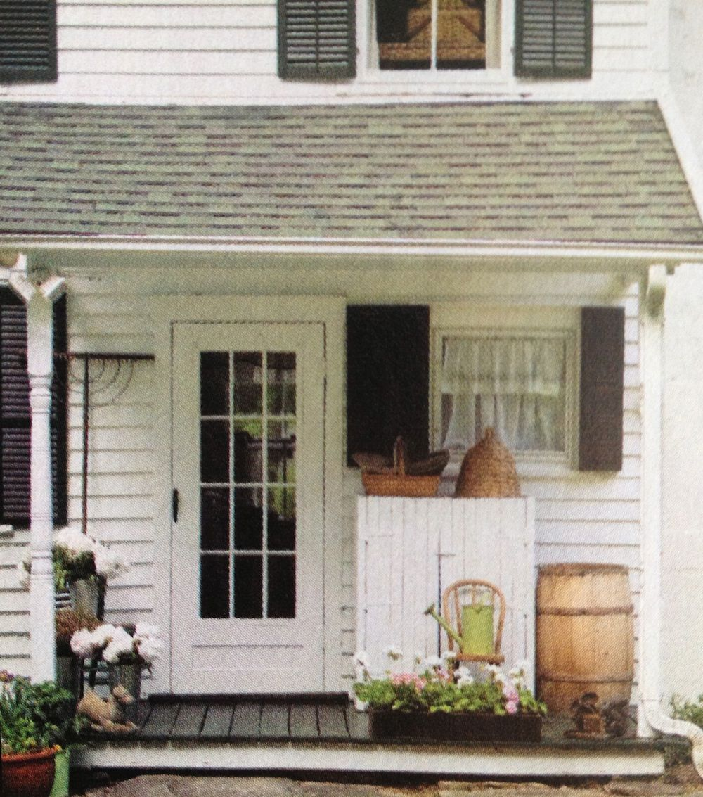 Cute little porch sunrooms porches outdoor living for Cute front porches