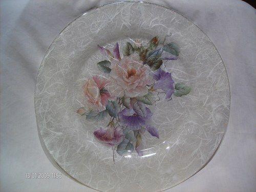 Decoupage su vetro piatto bouquet di fiori decoupage for Decoupage su vaso di vetro