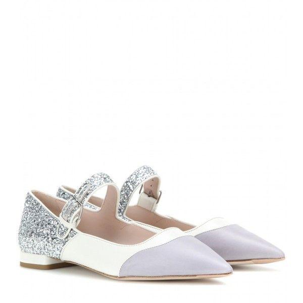 Miu Miu Embellished Leather Ballerinas (6,390 MXN) ❤ liked on Polyvore featuring shoes, flats, miu miu, white, white flat shoes, white glitter flats, white flats, white ballet flats and embellished ballet flats