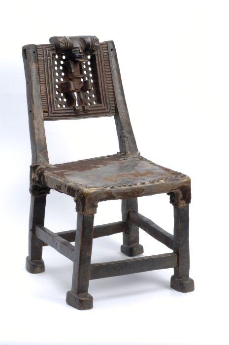 Collectie Tropenmuseum Zetel Met Menselijk Figuur Tmnr 4918 40 Jpg Chaise Tabouret Mobilier
