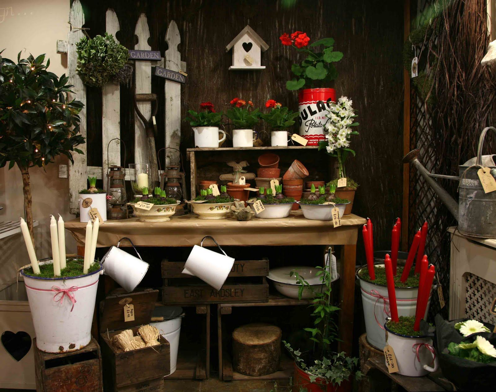 Found This Christmas Florist Shop Display And Loved It X