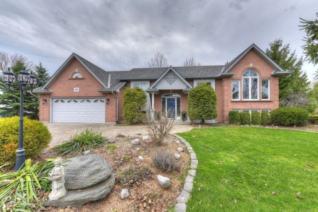 Home For Sale 101 Robert Ilderton On Homes Land Sale House Renting A House Finishing Basement
