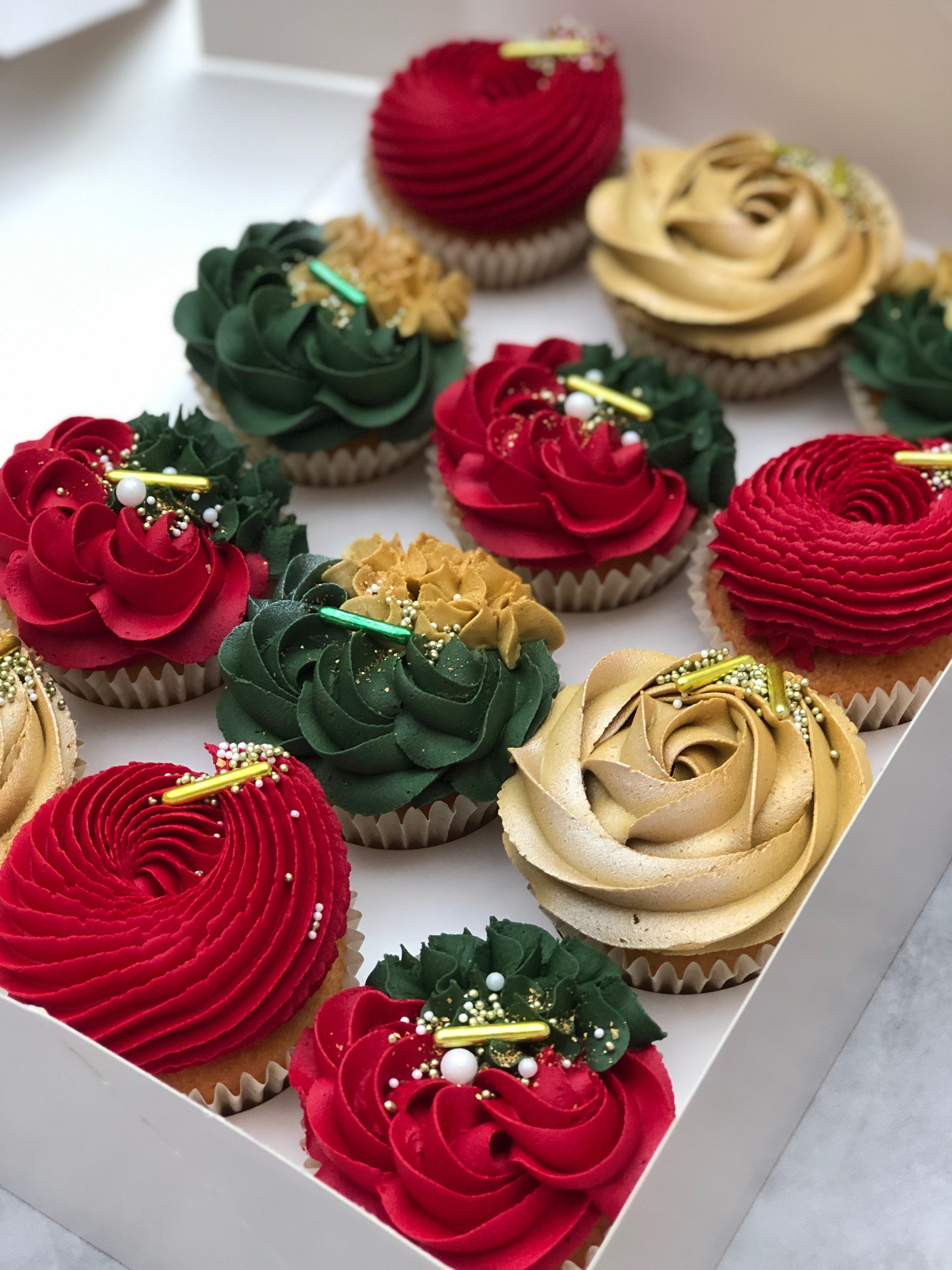 Learn The Taylor Made Way | Christmas cake pops, Holiday cupcakes, Christmas cake