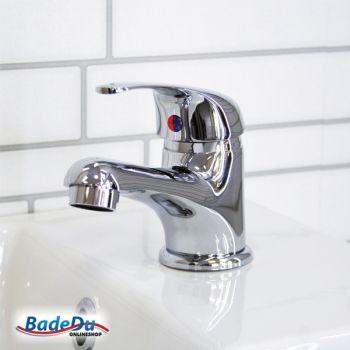 Ein Neuer Wasserhahn Vielleicht Die Fackelmann Armatur Baja Passt Sicher Gut In Dein Badezimmer Waschtischarmatur Armaturen Wasserhahn