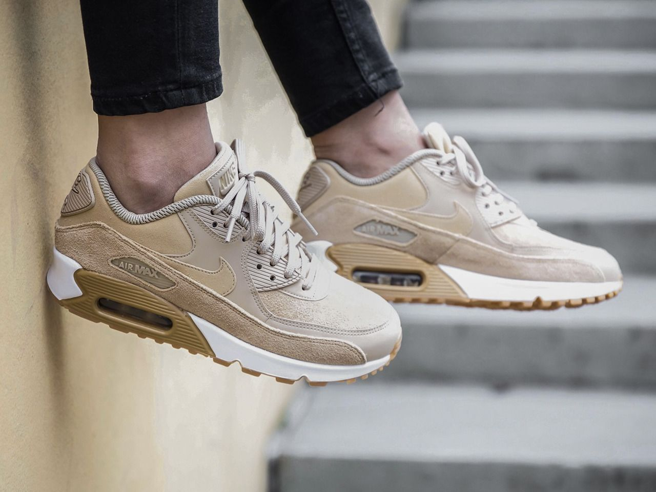 hot sale online 24d25 1589d Nike wmns Air Max 90 SE - Mushroom Gum Light Brown - 2017 (by Gino Gold)