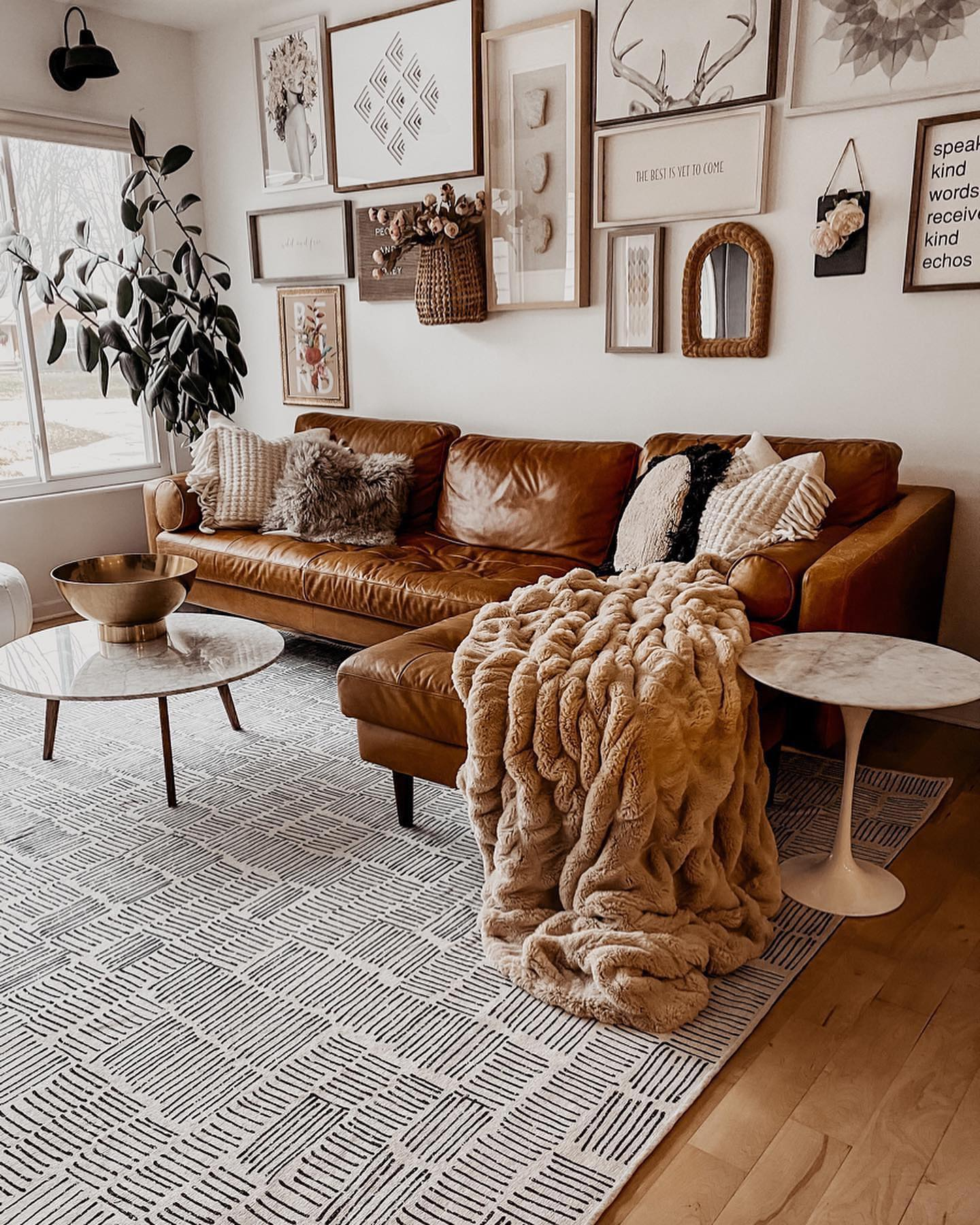 6 Rugs That Will Make Your Space Look Larger Living Room Inspo Home Design Your Dream House