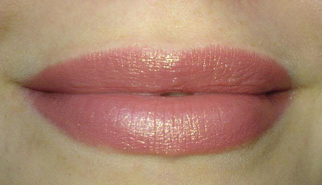mac midimauve first mac lipstick i ever tried and still. Black Bedroom Furniture Sets. Home Design Ideas