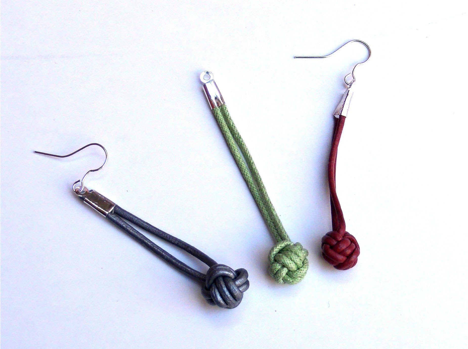 Beading Ideas - How to make the manrope knot, via YouTube.