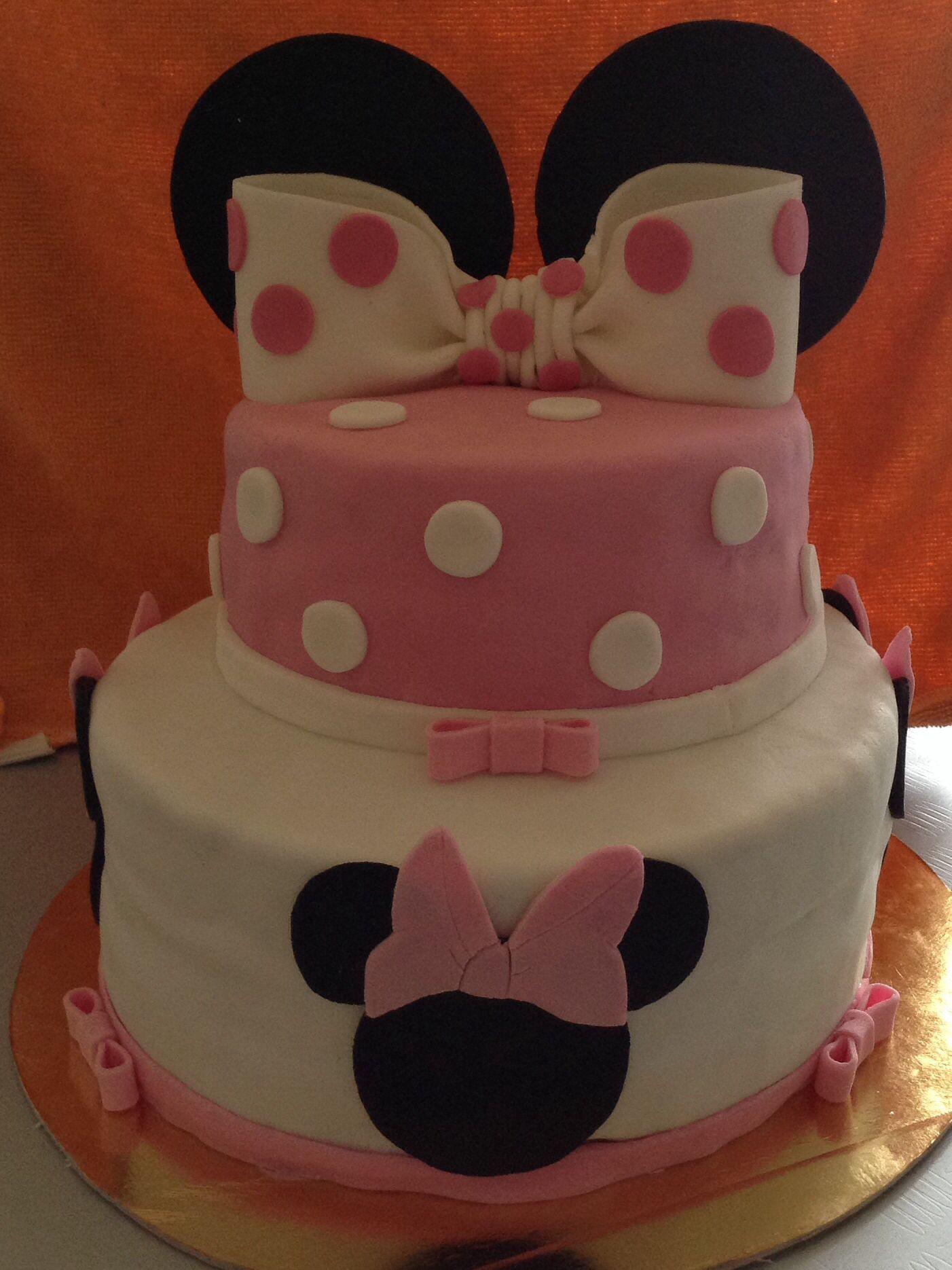 birthday cake minnie cake chocolat birthday minnie disney pate 224 sucre noeud th 232 me