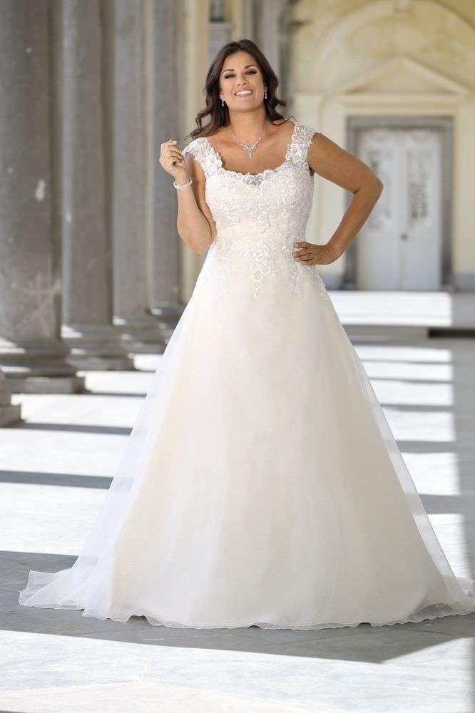 Hochzeitskleider Für Mollige | Brautmode, Kleider hochzeit