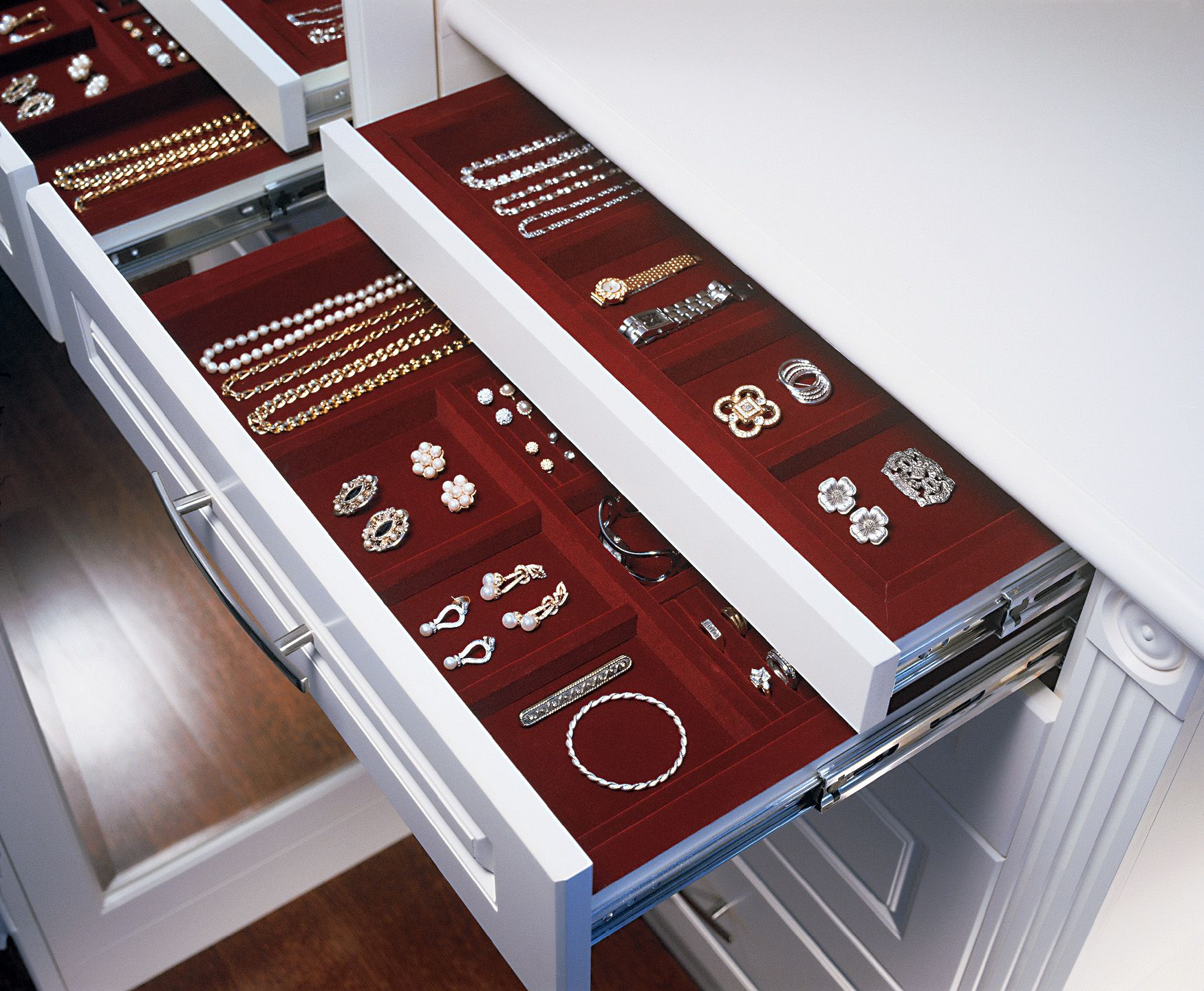 Jewellery Drawer With Felt Lined Drawers