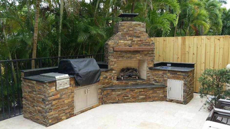 Outdoor Kitchen by Brandel Masonry in Fort Lauderdale ...