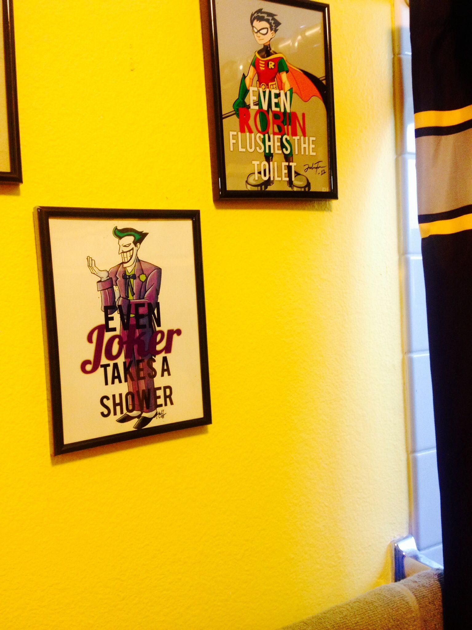 Wall decor diy batman bathroom pinterest wall for Batman bathroom ideas