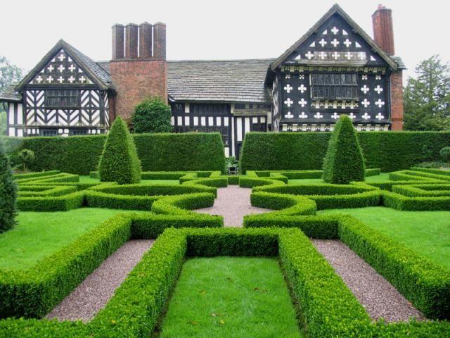 Knot Garden at Little Moreton Hall Cheshire Tudor Gardens