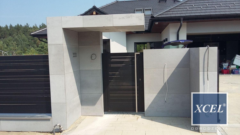 nowoczesne ogrodzenie z betonu architektonicznego cubero horizon xcel  Cubero Beton ...