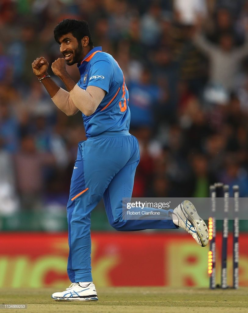 Jasprit Bumrah Of India Celebrates Taking The Wicket Of Shaun Marsh World Cricket Celebrities Cricket Wallpapers