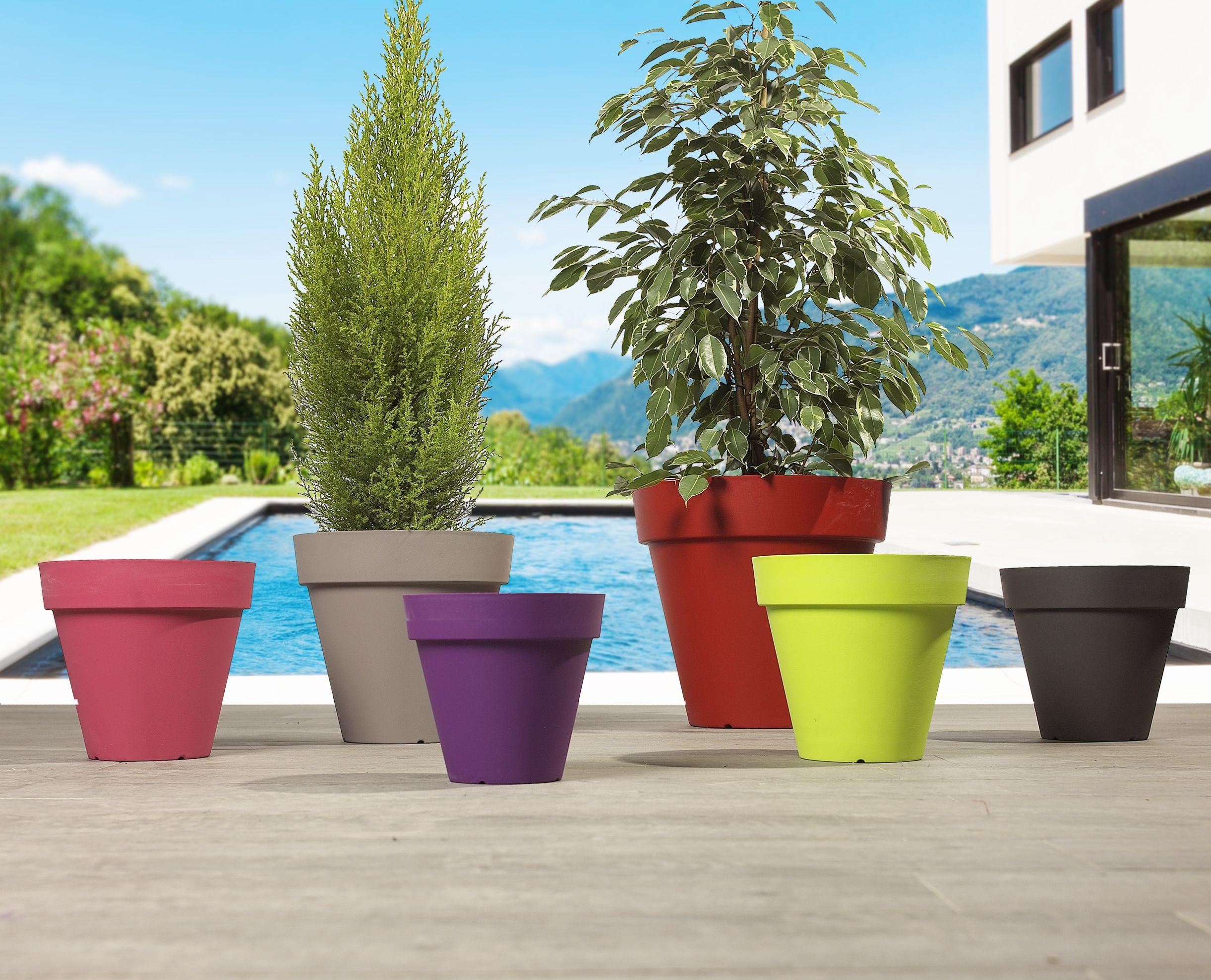 Gros Pot Fleur Plastique nos pots colorés centrakor | deco jungle, extérieur, jardins