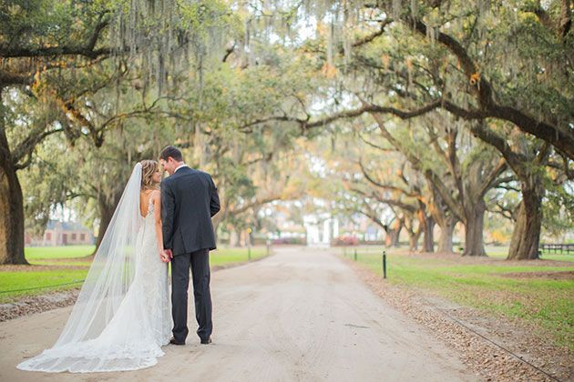 Boone Hall Plantation A Charming South Carolina Wedding Inspired By The Notebook Brides