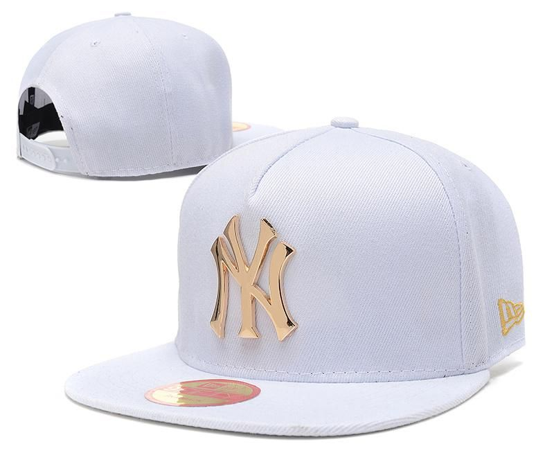 c16a306be516b Men s New York Yankees New Era 9Fifty Gold Metal NY Logo A-Frame Baseball  Snapback Hat - White