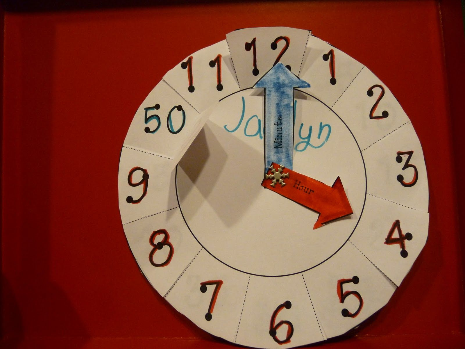 Here S Another Paper Plate Clock This One Comes With A
