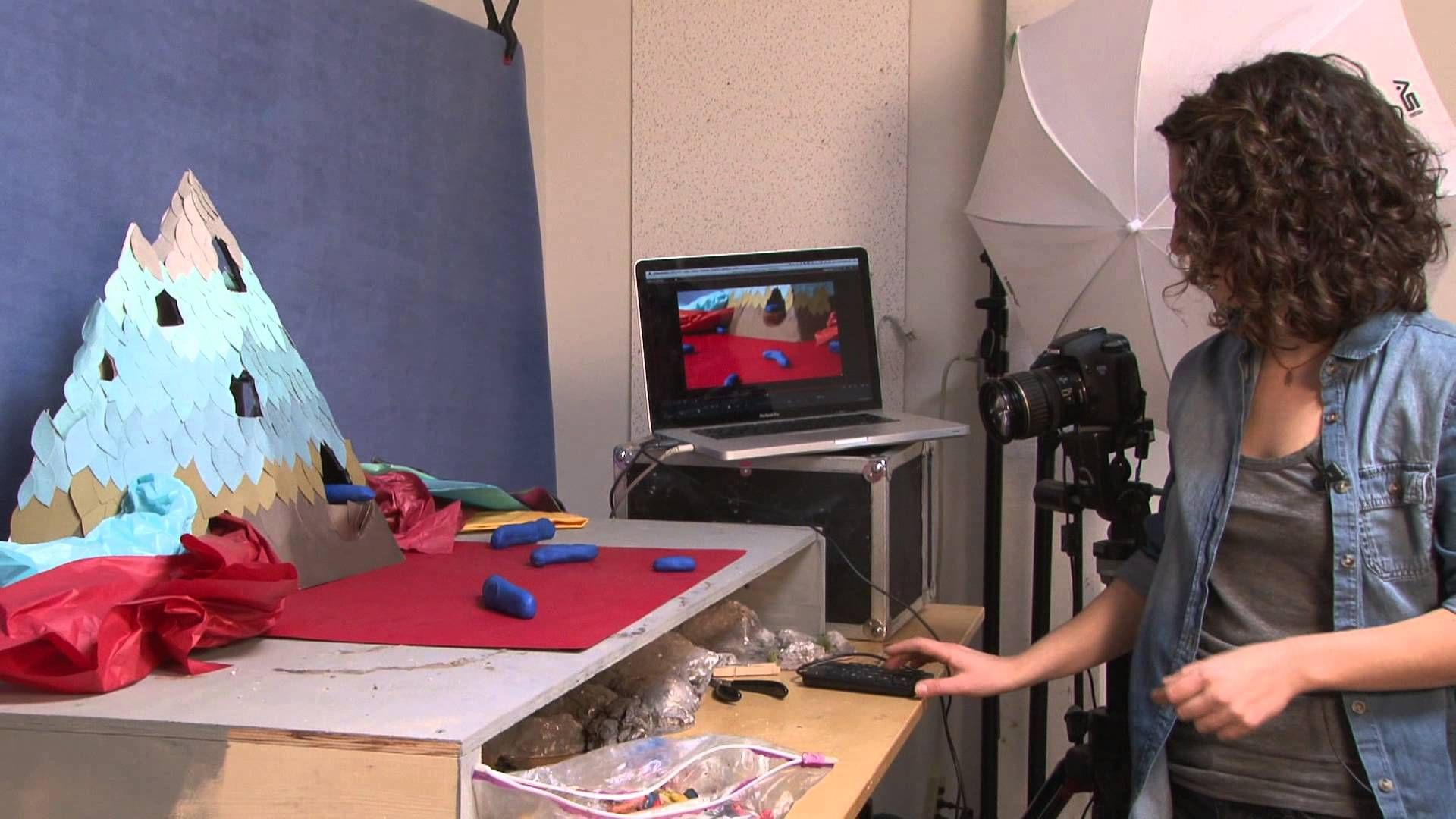 Artist and animator Kirsten Lepore demonstrates how to