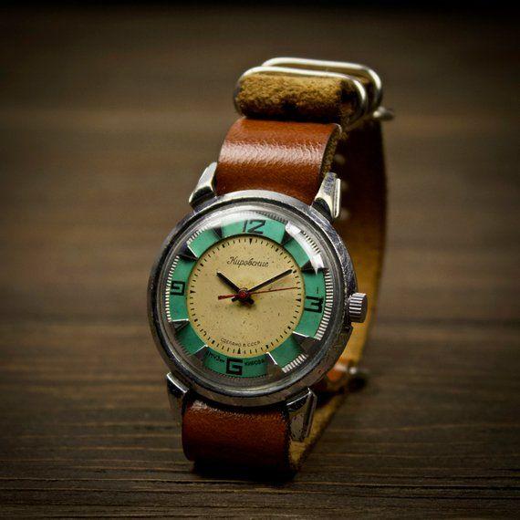 Vintage watch LUCH. Military vintage watch, mens watch, soviet vintage, 1970s watch, Stainless steel strap, ussr vintage watch #vintagewatches