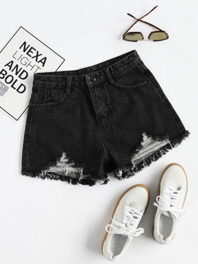 25cd097bb55c Shorts deshilachados en denim   D.R.E.S.S O.N.L.I.N.E   Jeans, Ropa ...