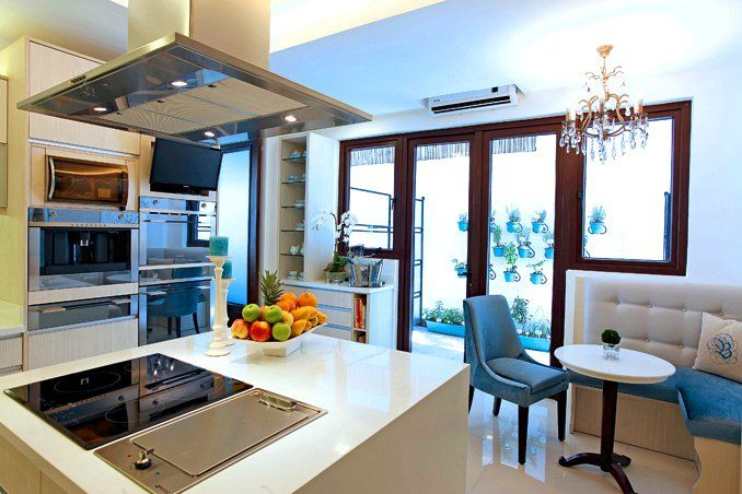 Sophisticated style for bea alonzo 39 s quezon city house for New dizain home