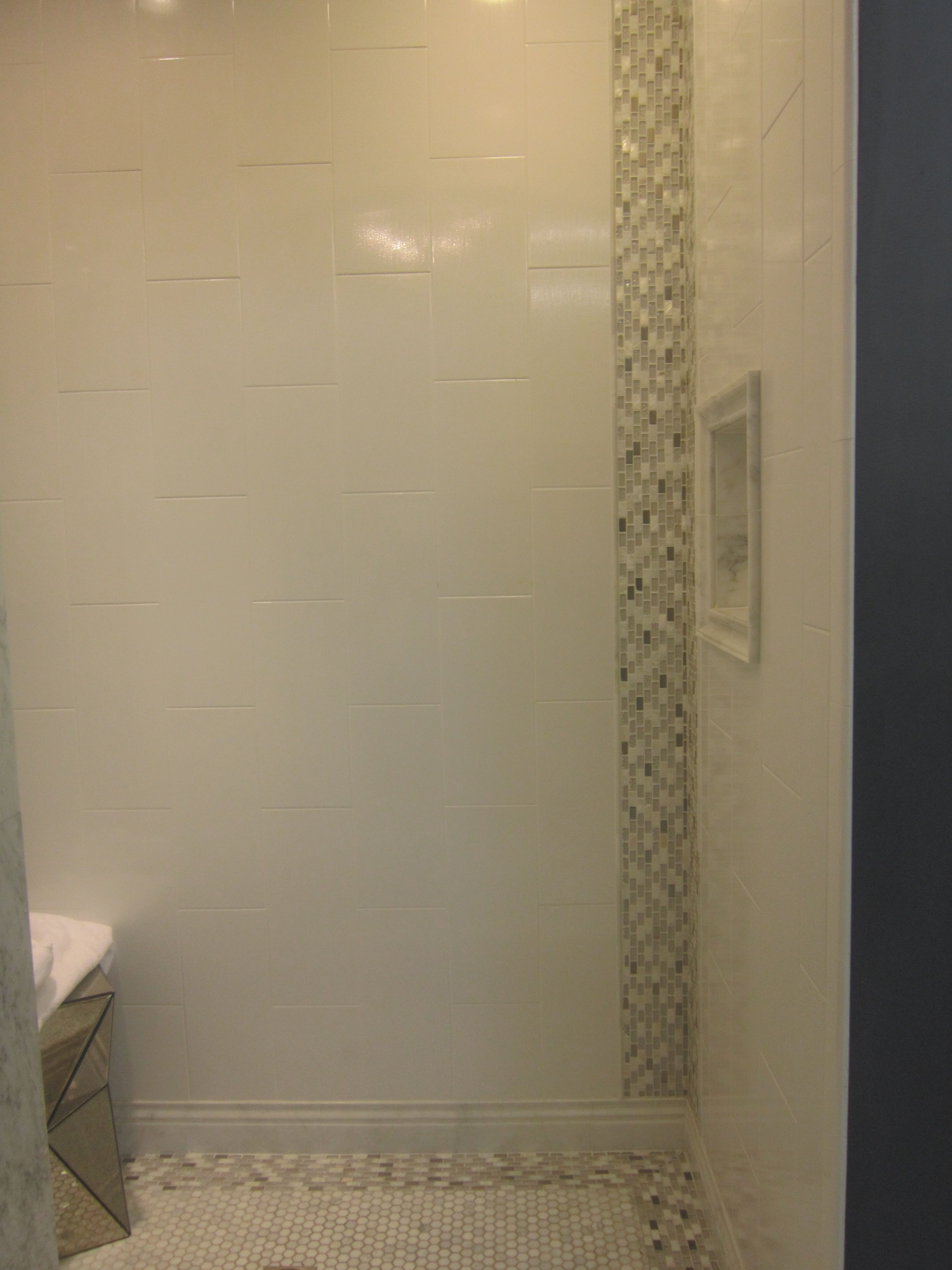 like the tile layout large rectangular tiles in a vertical layout  - like the tile layout large rectangular tiles in a vertical layout likethe accent