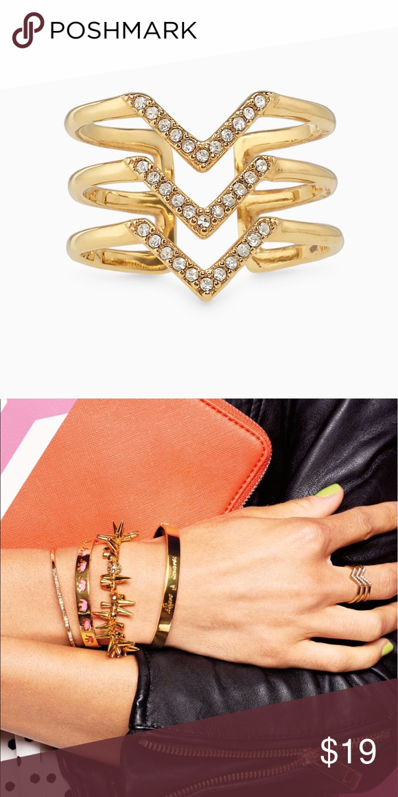 Stella & Dot chevron ring Stella & Dot gold chevron ring. Size s/m. New Stella & Dot Jewelry Rings