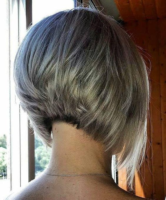 Inverted Bob Hairstyles For Fine Hair That Make You Look Younger Bob Fine Hair Hairstyles Inverted Haarschnitt Kurz Haarschnitt Frisuren Kurze Haare Bob