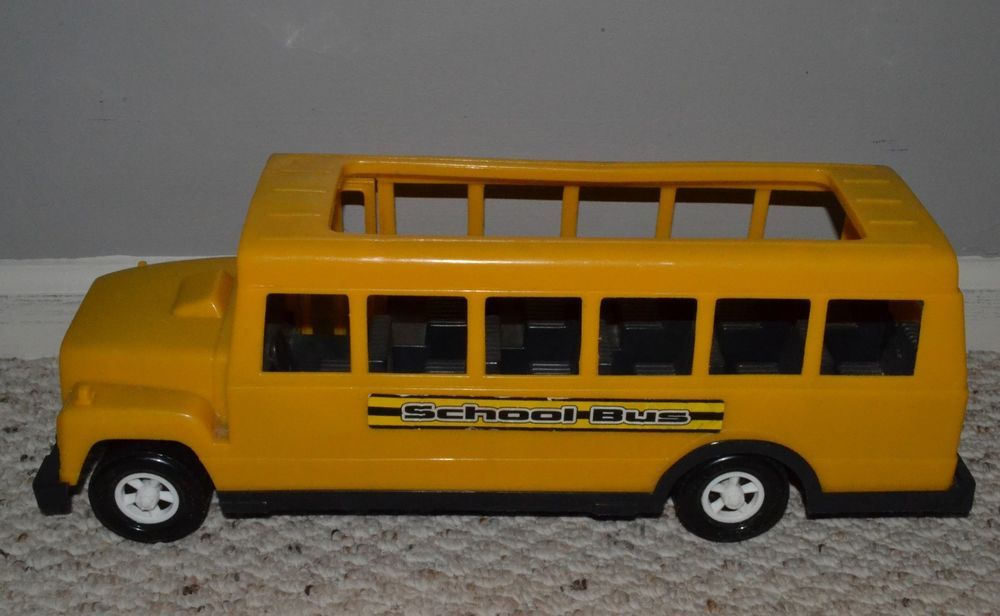 Vintage 70 S American Plastic Toys Inc Yellow School Bus Toy