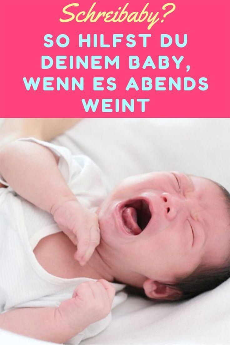 Baby Schläft überstreckt